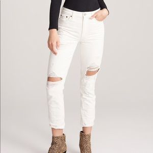 New with tag! Abercrombie Girlfriend Jeans